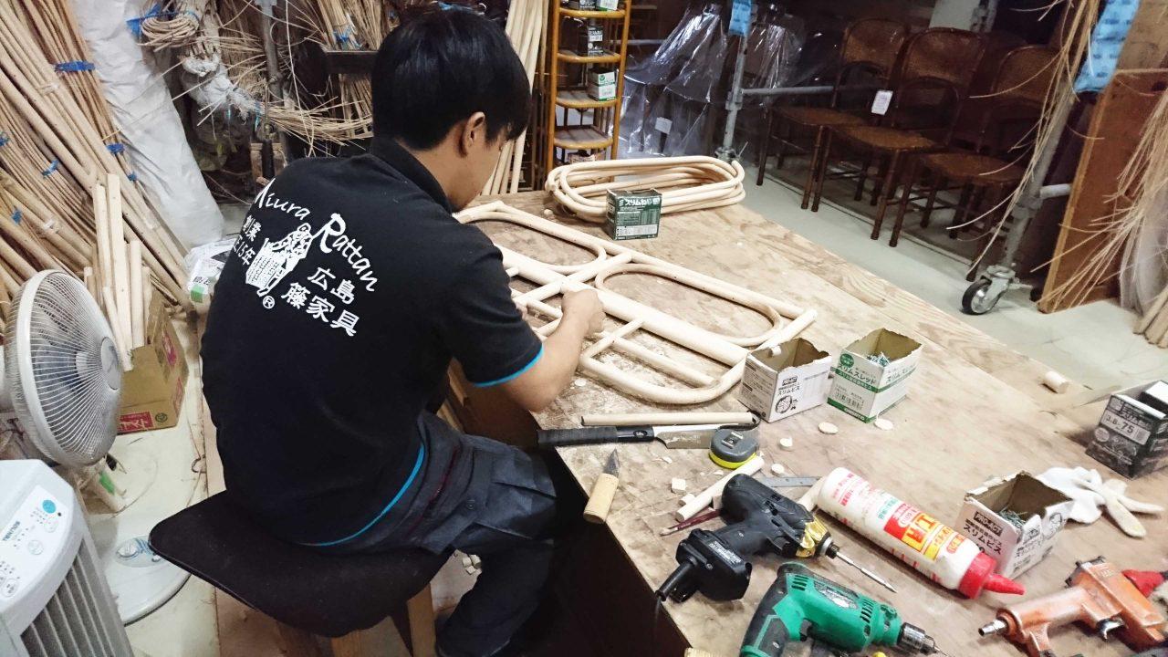 籐ベッドは1から国内で作ってます。
