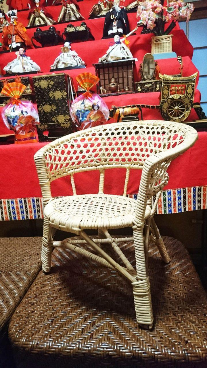 可愛らしい子供椅子