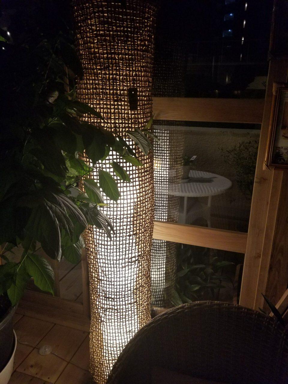 職人が製作した籐製ランプカバー