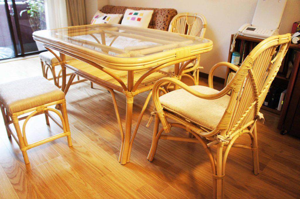 リビングを癒しの空間を籐家具