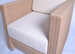 ソファ等の厚いクッションは、特に水分が残りやすいです。