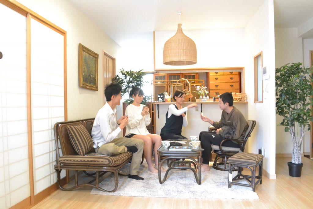 家族の籐家具生活
