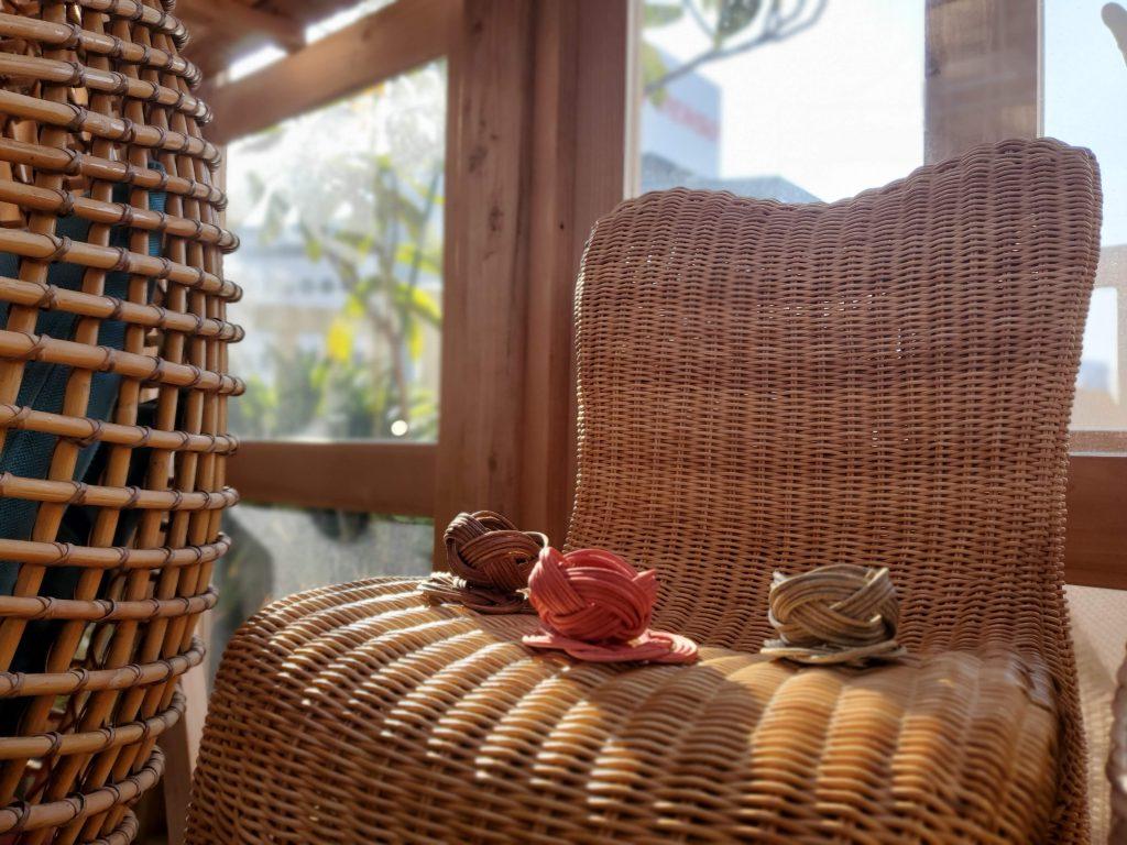 屋上ギャラリーの籐家具